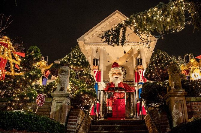 Christmas Lights Tour – Dyker Heights in Brooklyn 2019 | Cool Destinations